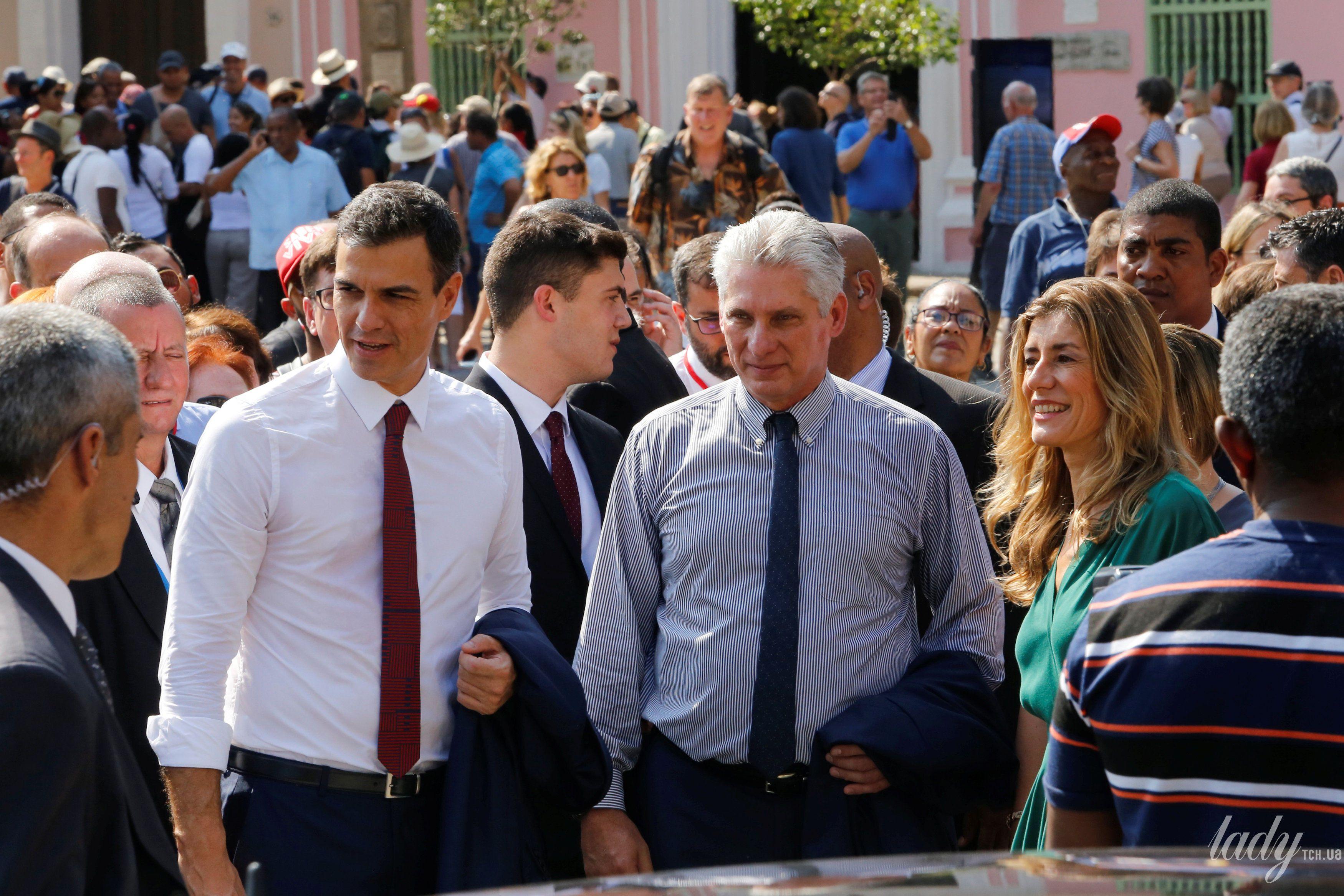 Премьер-министр Испании с супругой и президент Кубы с женой_3