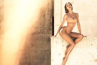 Вот это фигура: Кэндис Свэйнпоул поделилась снимком в купальнике
