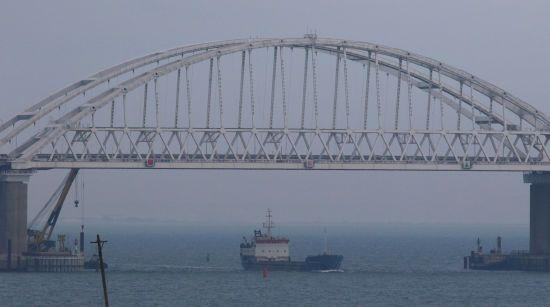 Німеччина відмовилась спрямовувати військові кораблі в Азовське море