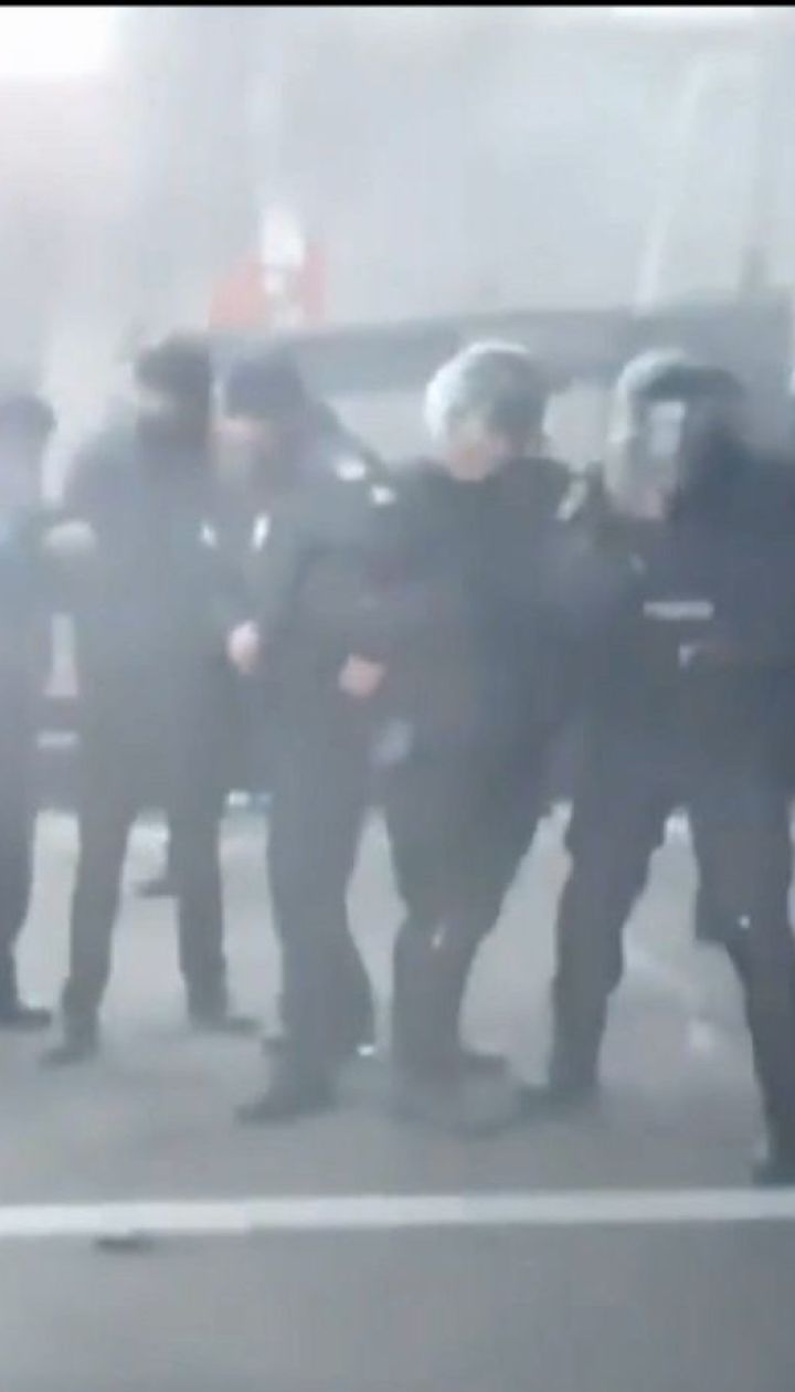 """Из-за протеста """"евробляхеров"""" заблокировано границу с Польшей и частично - с Венгрией"""