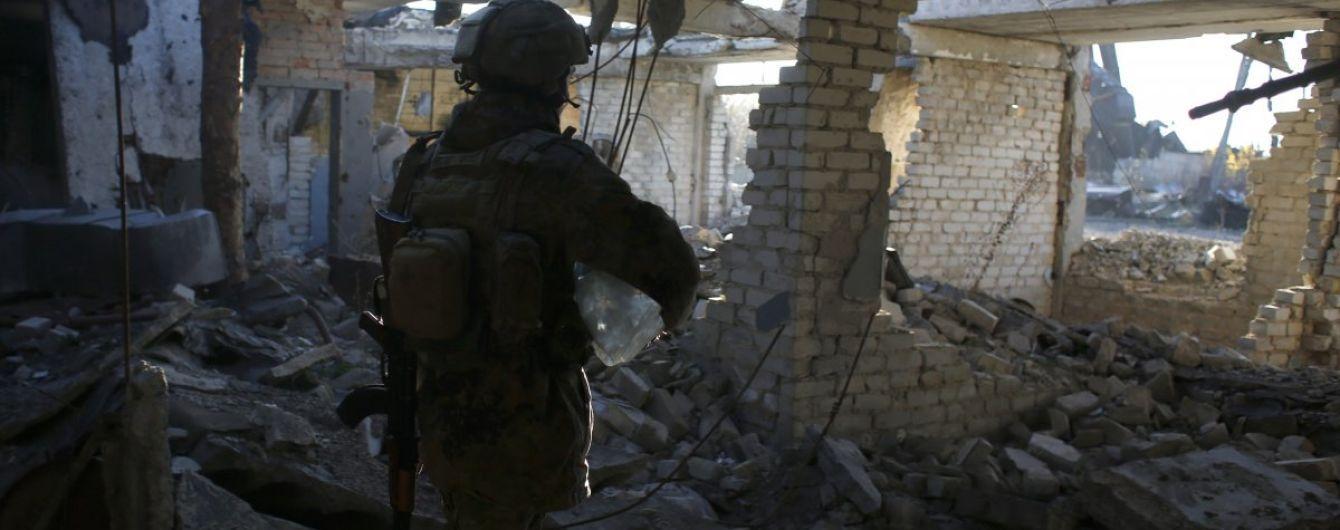 Ситуація на Донбасі: терористи продовжують стріляти, один боєць ООС поранений