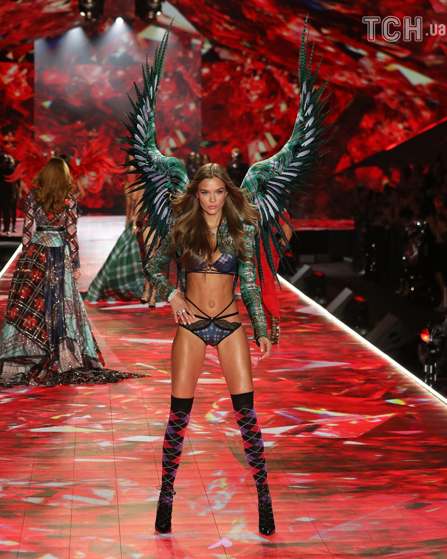 Жозефін Скрівер, ангел Victoria's Secret