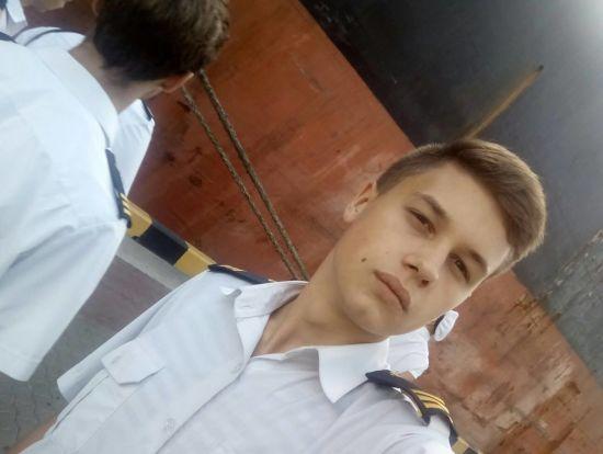 """Наймолодший захоплений український моряк розповів у листі про умови утримання в СІЗО """"Матроська тиша"""""""