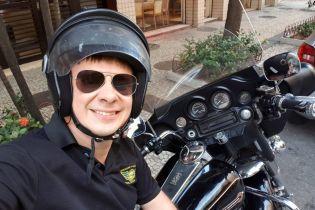 """""""Світ навиворіт"""": Комаров у Бразилії стане патрульним поліції та виїжджатиме на місця злочинів"""