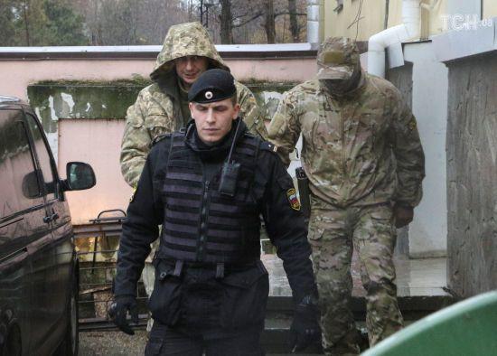 МЗС України передало Росії ноту протесту через взяття під варту захоплених у Керченській протоці моряків