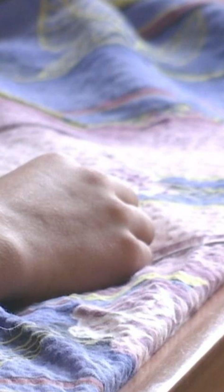 На Рівненщині двоє десятикласників розпилили у школі сльозогінний газ, є постраждалі