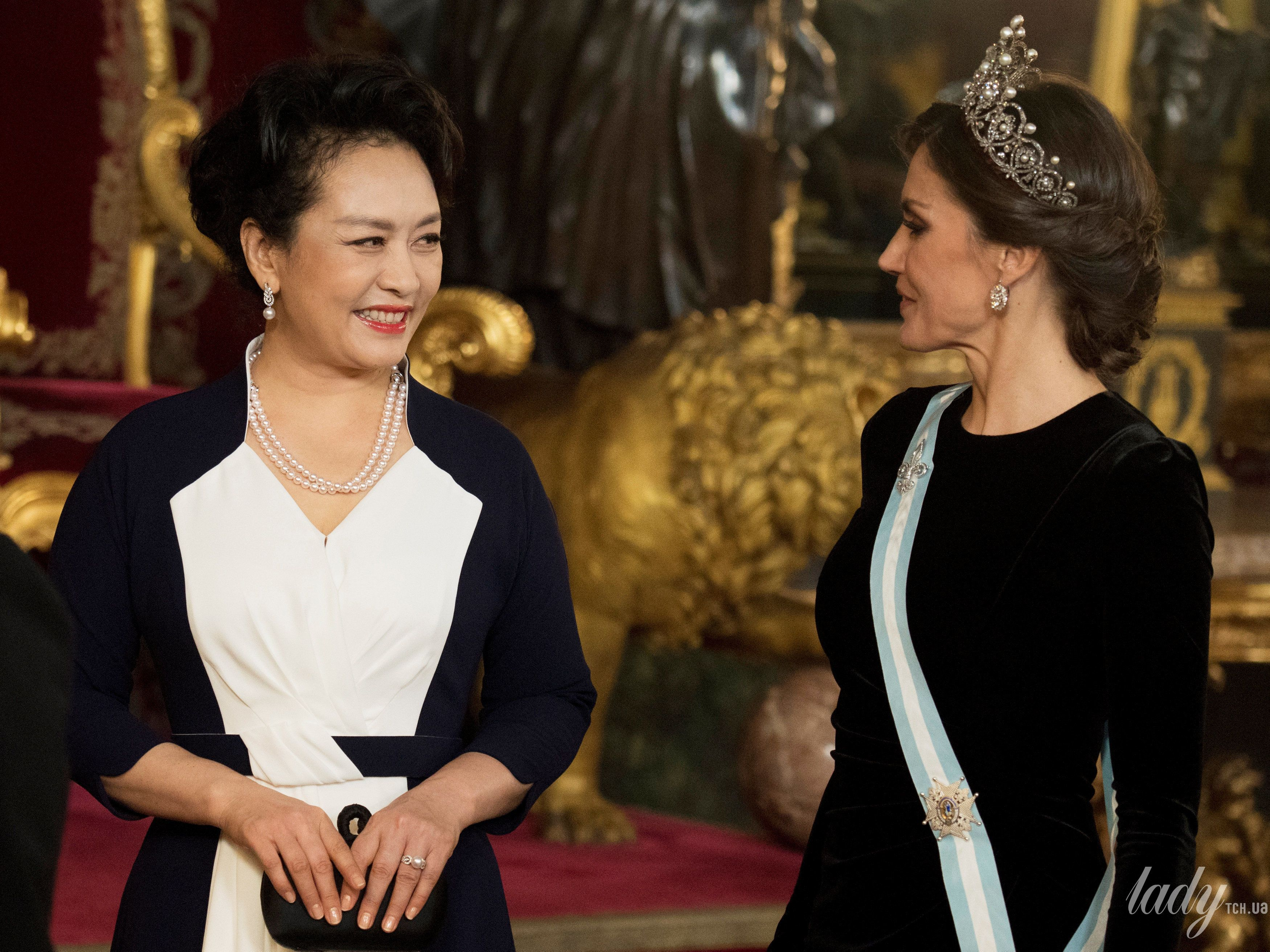 Королева Летиция и король Филипп VI_4