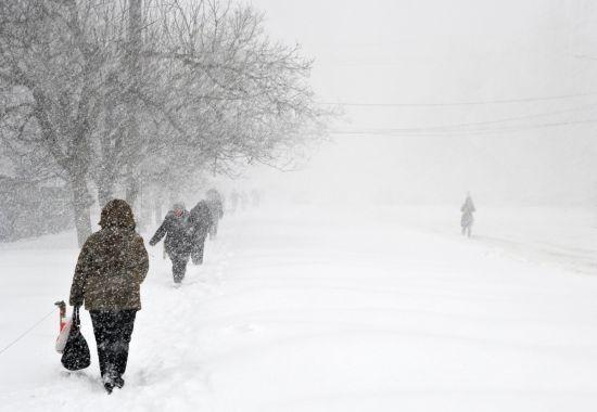 Календарна зима в Україні розпочнеться сильним снігом, хуртовинами та штормами на морі
