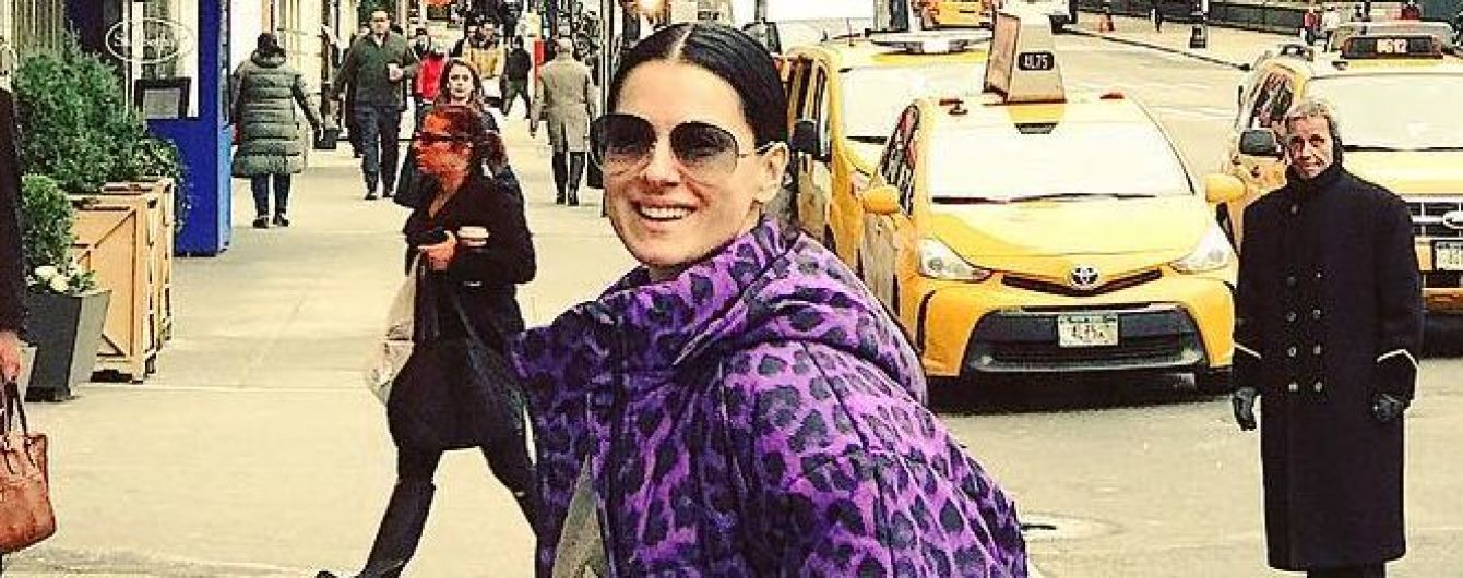 Маша Ефросинина в леопардовой куртке от украинского дизайнера прогулялась по Нью-Йорку