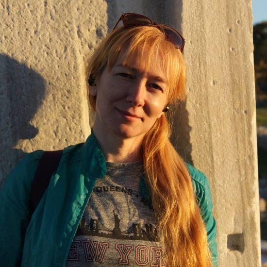 """Отримала від друга з Челябінська. Як пояснює """"авторка"""" появу в неї відео з тараном українських кораблів"""