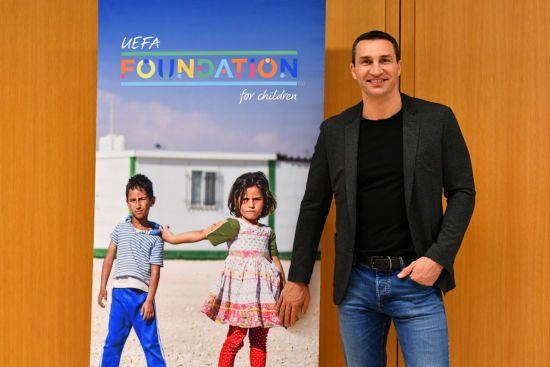Володимир Кличко приєднався до фонду УЄФА, щоб допомогти дітям в усьому світі