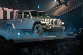 Автосалон в Лос-Анджелесе 2018: Jeep представил пикап Gladiator