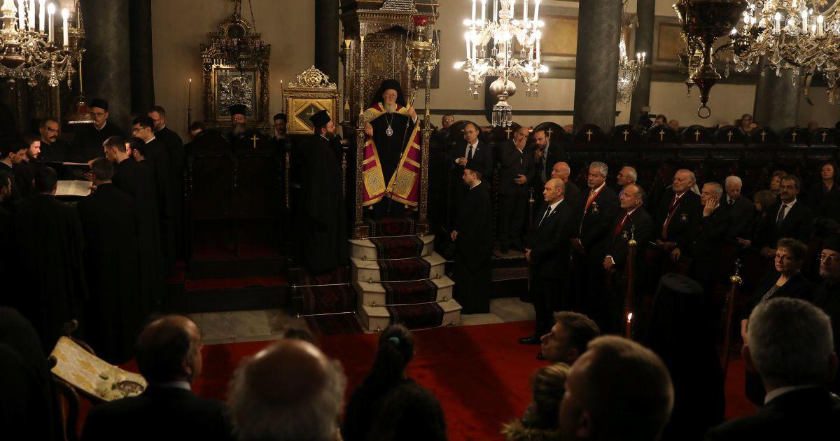 Сюрпризи є, але все йде за планом: представник Порошенка на синоді пояснив рішення Константинополя