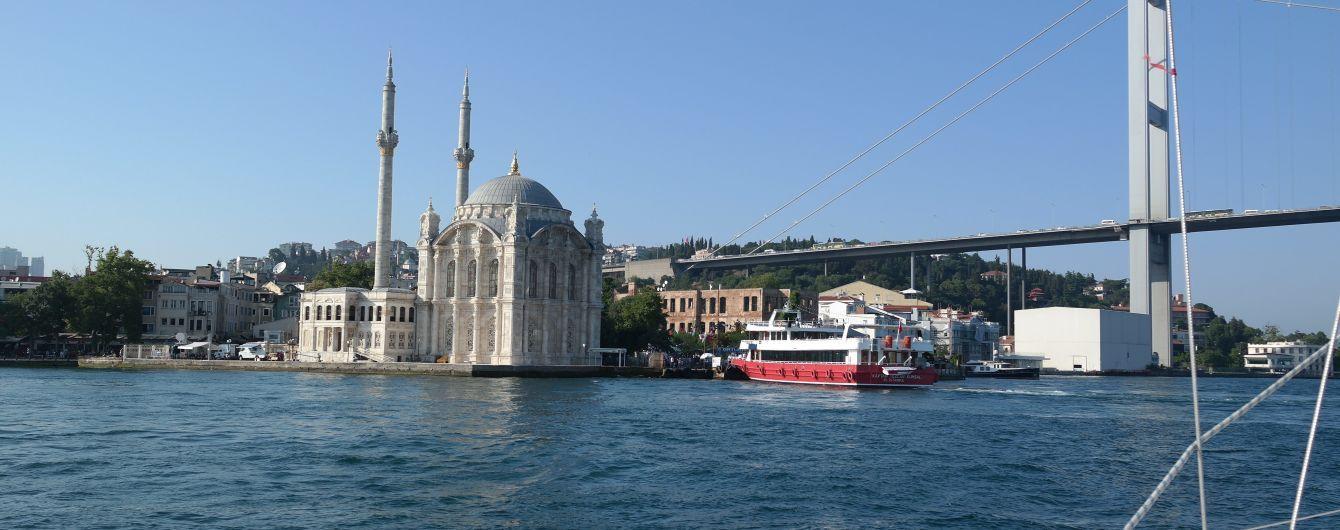 Посол розповів, як Росія в обхід заборон відправляє судна з Криму до Туреччини і що з цим робитиме Україна