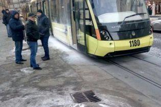 """У Львові загорівся трамвай """"Електрон"""""""