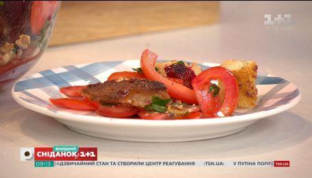 Пісні рецепти від Євгена Клопотенка: буряковий салат та паштет із сардини