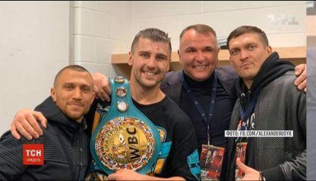 Александр Гвоздик нокаутировал Стивенсона и стал чемпионом мира в полутяжелом весе
