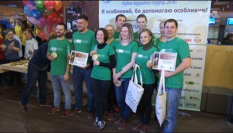 В Киеве состоялся благотворительный турнир по боулингу в поддержку детей с синдромом Дауна