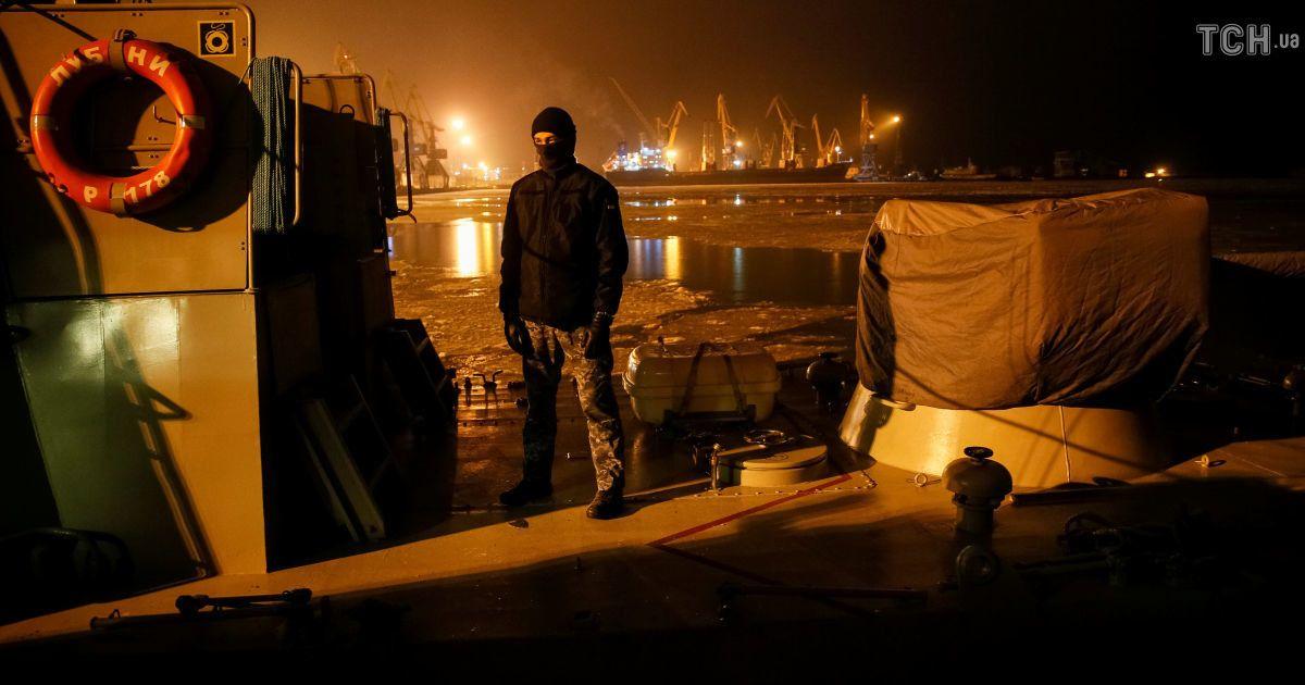 РФ  частично разблокировала Азовское море