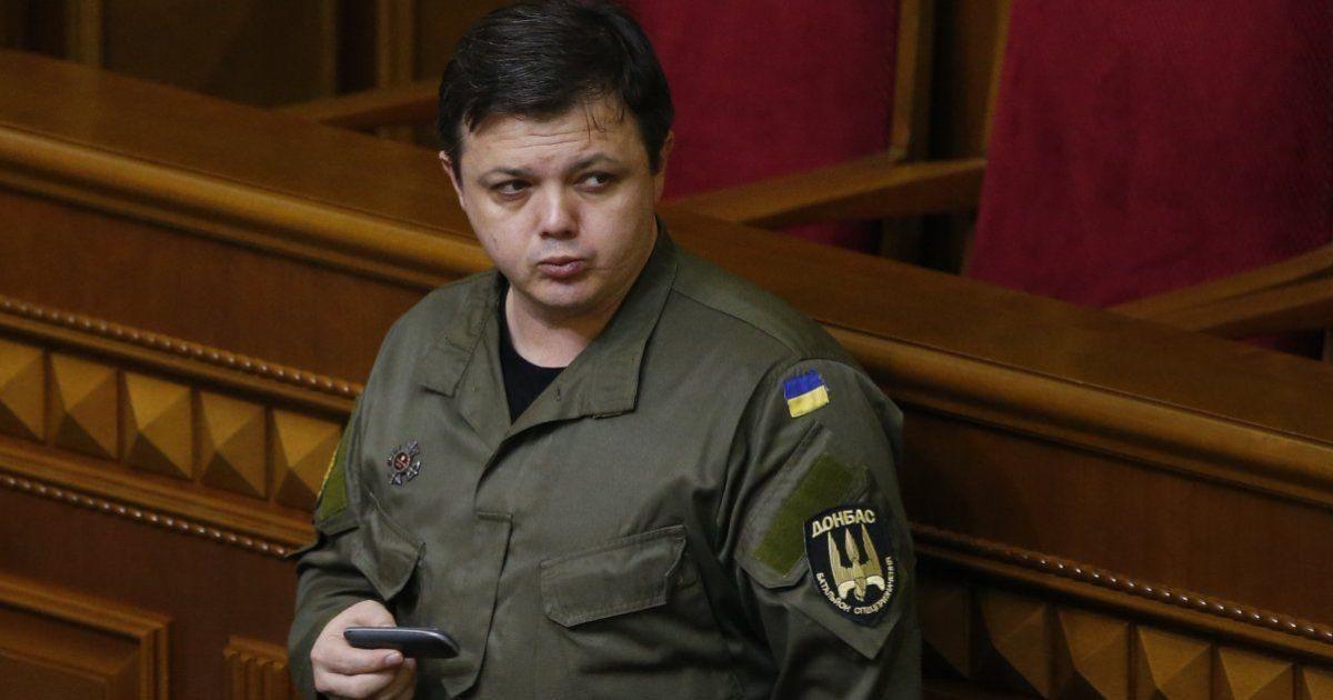 Семенченко указал в декларации дом на оккупированной территории и кредиты жены