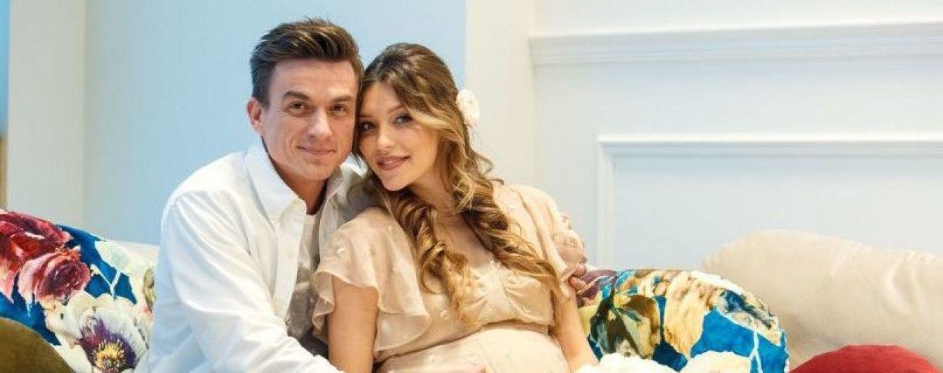 Беременная Регина Тодоренко поделилась подробностями тайной свадьбы с Владом Топаловым