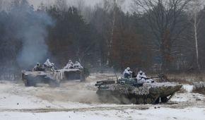Українські військові провели масштабні навчання на Чернігівщині