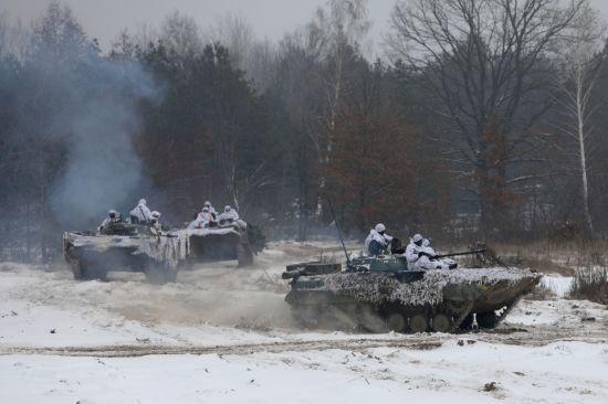"""Росія змінює стратегію війни на Донбасі. Окупацією Донецька керують двоє """"менеджерів"""" від Кремля"""