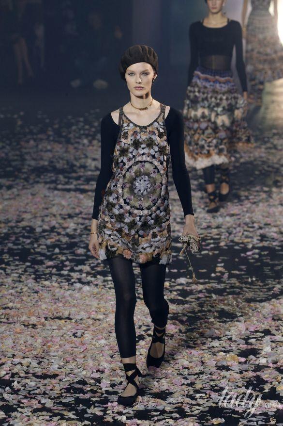 Коллекция Dior прет-а-порте сезона весна-лето 2019_44