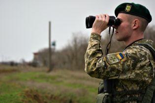 Кілька десятків осіб спробували заблокувати український КПП на кордоні з Росією