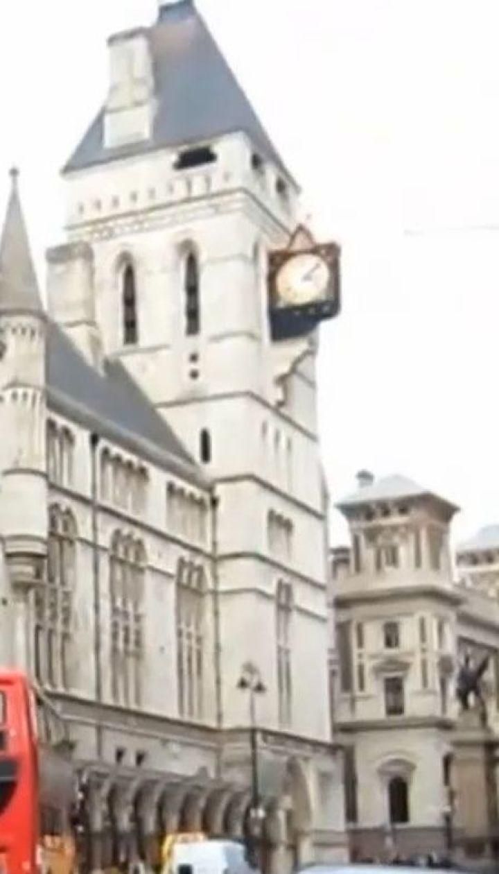 """Високий суд Лондона повністю відхилив позов """"Приватбанку"""" до колишніх акціонерів"""