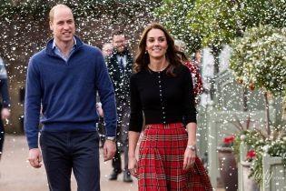 Ліпили сніжки і гуляли під снігом: як герцогиня Кембриджська і принц Вільям повеселилися на вечірці
