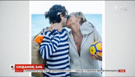 60-летняя Шэрон Стоун закрутила очередной роман с младшим на 10 лет итальянским журналистом