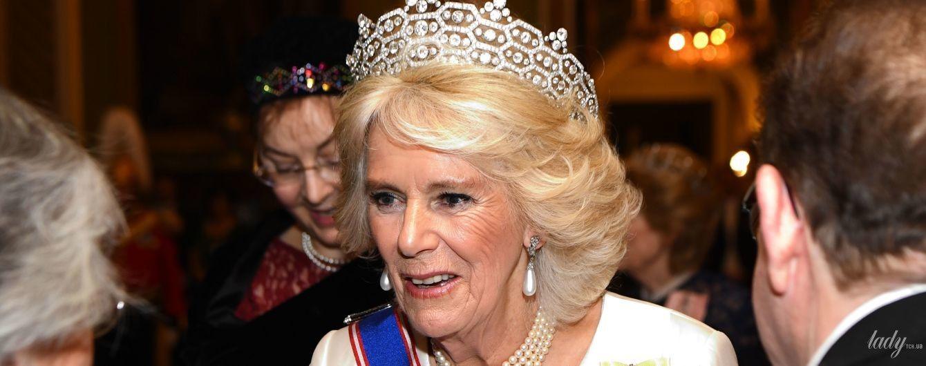 У перлах, тіарі і красивій сукні: герцогиня Корнуольська відвідала урочистий захід