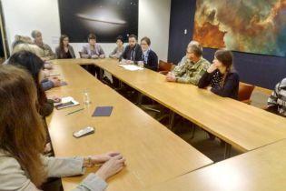 Посол США встретилась с семьями пленных украинских моряков
