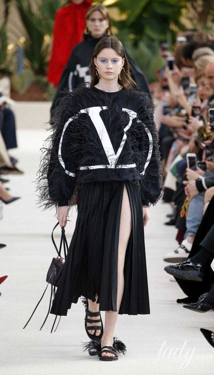 Коллекция Valentino прет-а-порте сезона весна-лето 2019