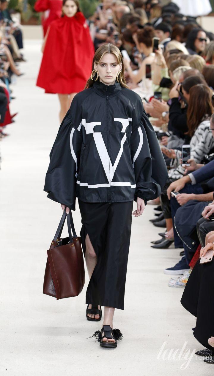 Коллекция Valentino прет-а-порте сезона весна-лето 2019 @ East News