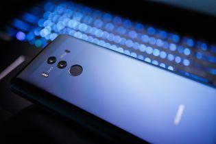 В Японии могут запретить закупки Huawei и ZTE для госаппарата - СМИ