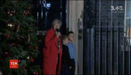 В Вашингтоне и Лондоне торжественно зажгли огни на елках
