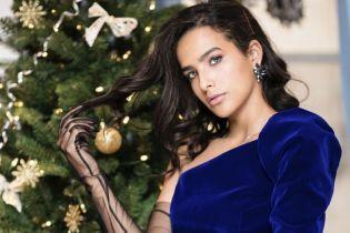 Оксамитові сукні та рукавички з фатину: бренд Herstory презентував новорічну капсулу