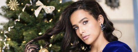 Бархатные платья и перчатки из фатина: бренд Herstory презентовал новогоднюю капсулу