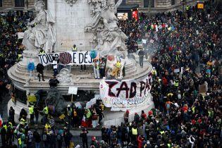 Количество жертв беспорядков во Франции выросло