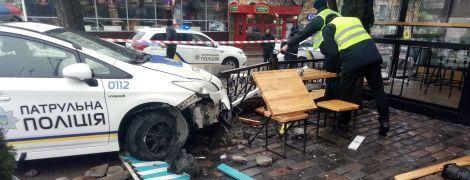 За выходные патрульная полиция в Киеве разбила пять служебных машин