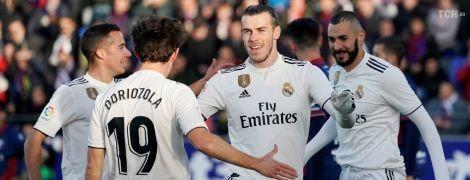 """""""Реал"""" одержал скромную победу над аутсайдером Примеры"""