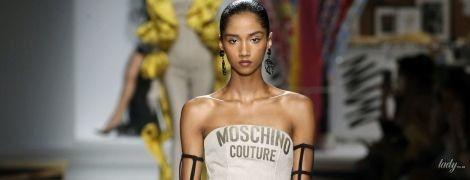 Вишукані силуети і колготки зі штрихуванням: колекція Moschino сезону весна-літо 2019