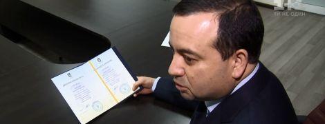Страсти вокруг диплома: Кабмин может уволить председателя Государственной архитектурно-строительной инспекции