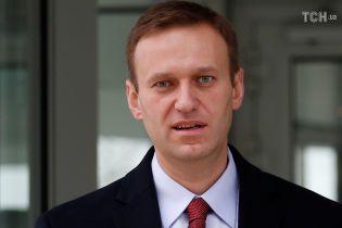 Хочет миллион рублей: глава Росгвардии подал в суд на Навального
