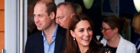 Скромно, но со вкусом: герцогиня Кембриджская порадовала публику новым образом