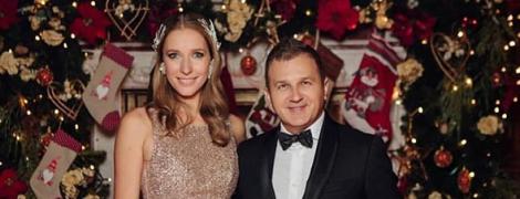 У блискучій сукні і з чоловіком: Катя Осадча показала новорічний знімок
