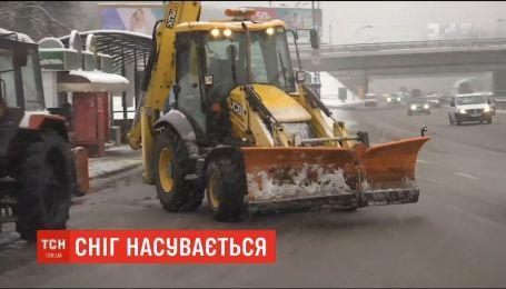 Рятувальники готуються до мокрого снігу, який охопить сім областей України
