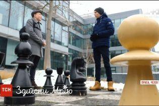 Зірковий майстер-клас: гросмейстер Руслан Пономарьов допоміг здійснити мрію 18-річного фаната шахів